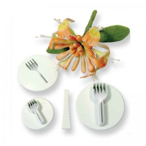 Honeysuckle Cutter Set of 3